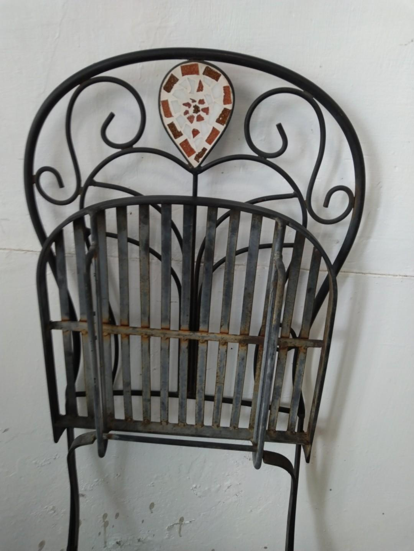 早期摺疊鐵椅
