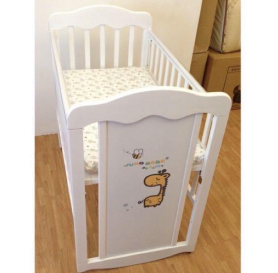 二手近新嬰兒床