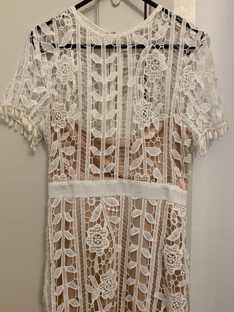 BNWT White and nude lace midi bodycon pencil dress