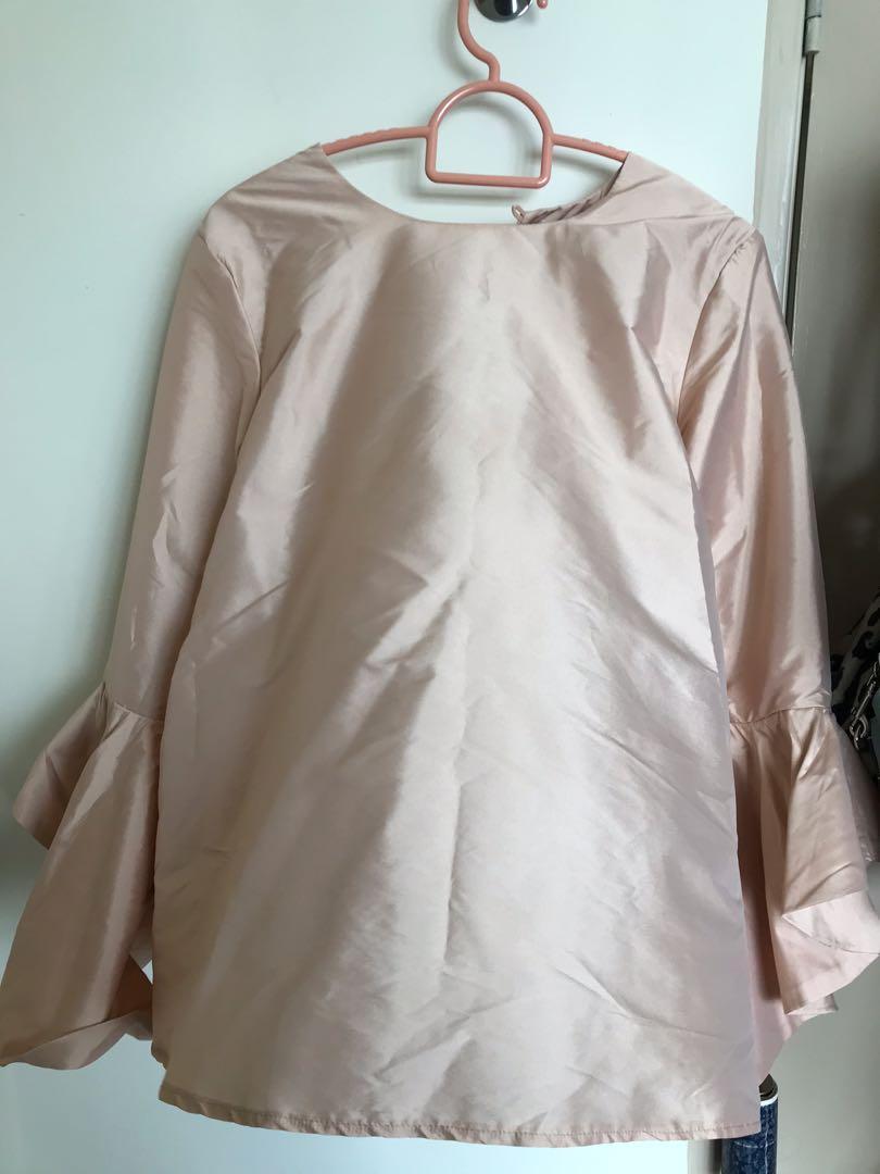 Clothelogy top