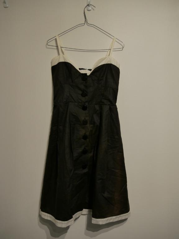 Cute Black Retro-style Dress with White Trim Size S