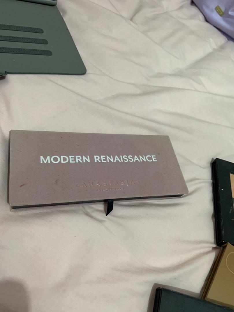 EUC Anastasia Beverly Hills - Modern Renaissance palette