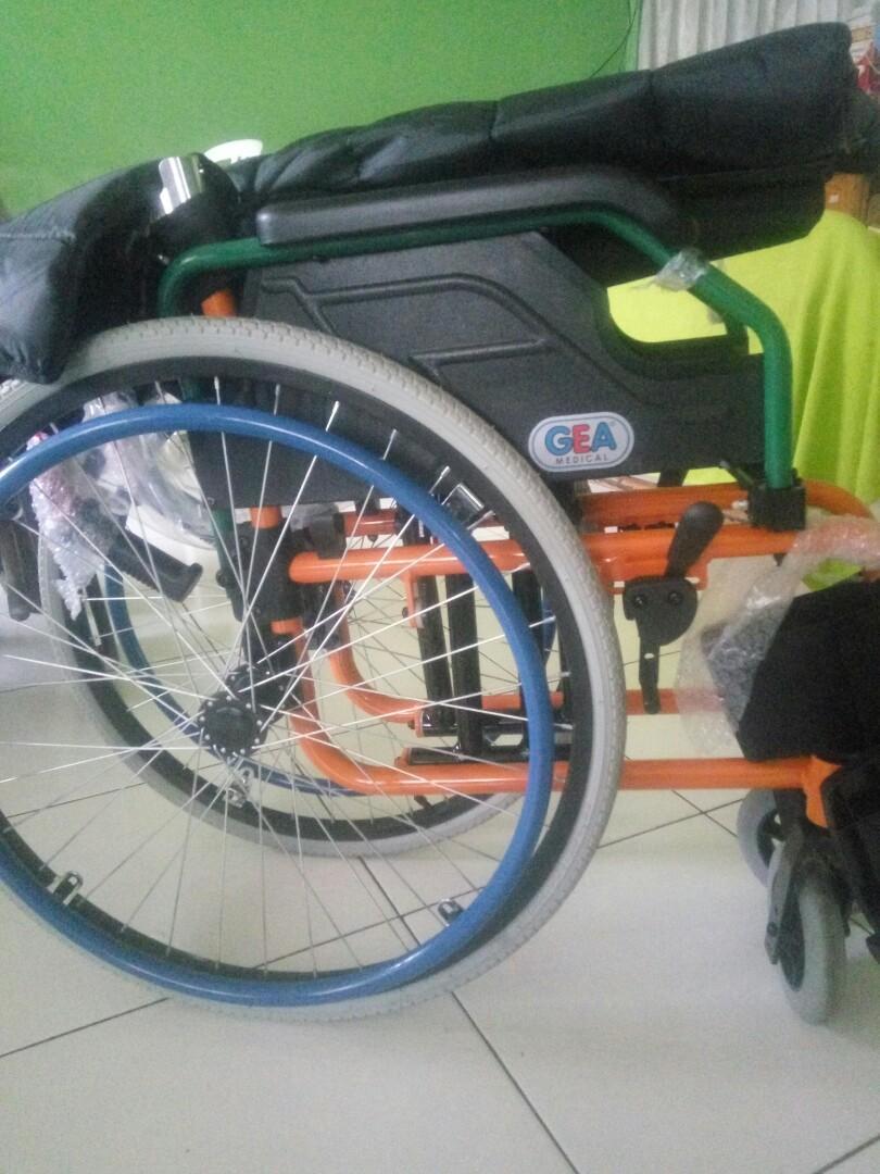 Kursi roda sport gea fs721L