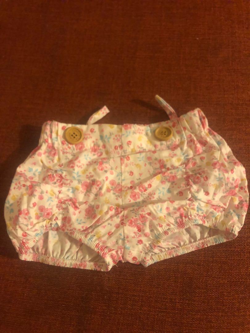La Sienna - Size 00 - Emma shorts, includes suspenders