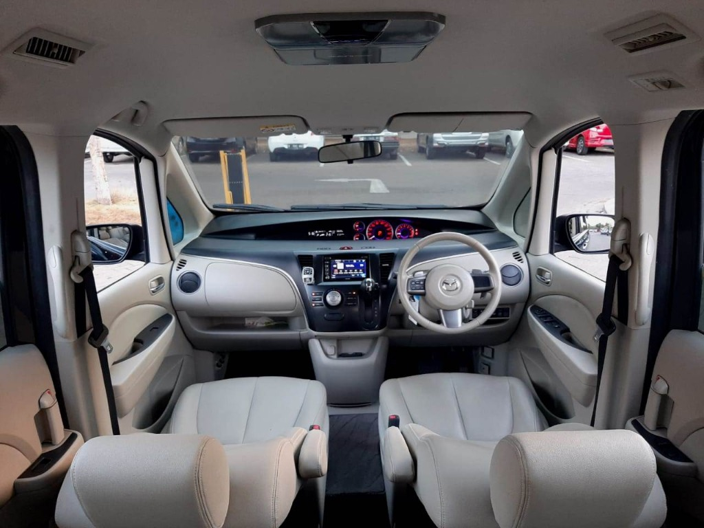 Mazda Biante 2.0 AT 2015 Hitam, Rec Service , Dp 54,9 Jt, NO Pol Ganjil