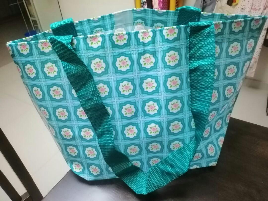 NEW vintage waterproof tote bag