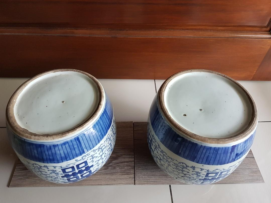 Pair of blue and white porcelain