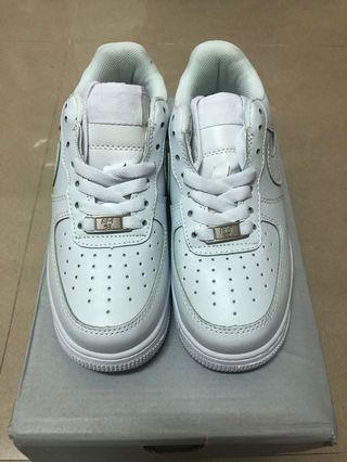 Nike白air force