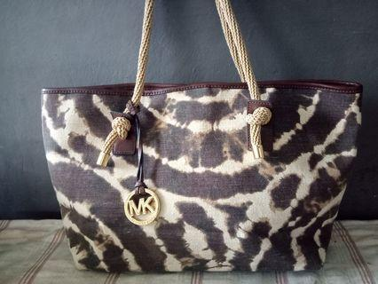 Michael Kors MK Bag Very goodcon Like new