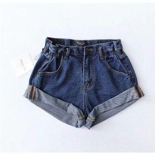 歐美風高腰高衩捲邊短褲