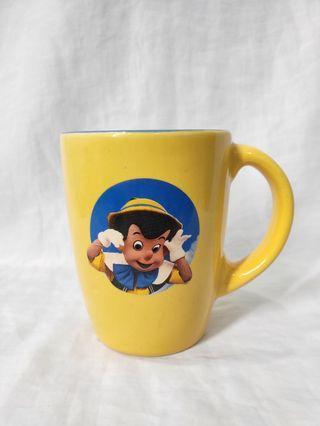 Collectible mug disney