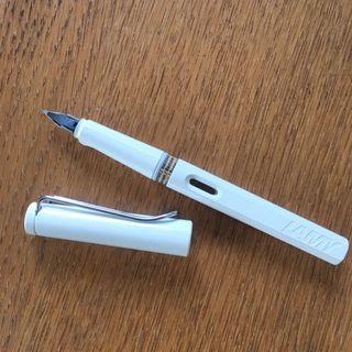 全新 Lamy safari狩獵 白色 鋼筆F尖