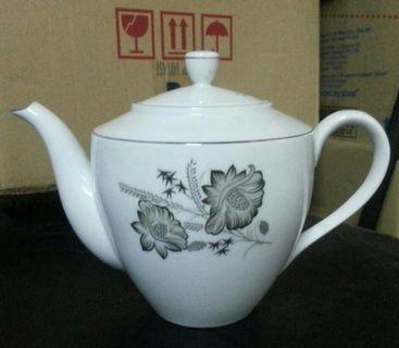Vintage Teapot #Letgo50