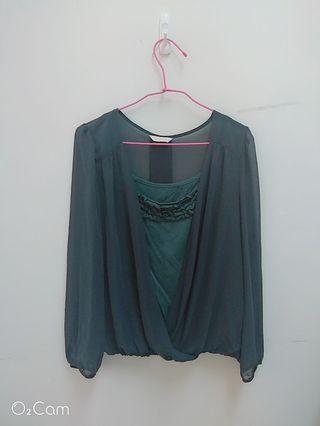 🈶實穿照 專櫃品牌0918超美墨綠色透膚棉質上衣