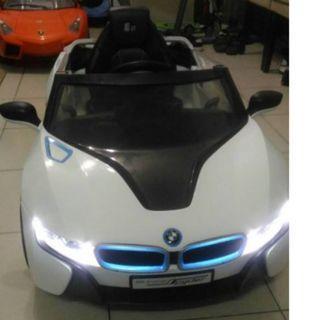 寶馬BMW I8 兒童電動車 官方正版授權 (BENZ/AUDI/藍寶堅尼/瑪莎拉蒂/法拉利 可參考)