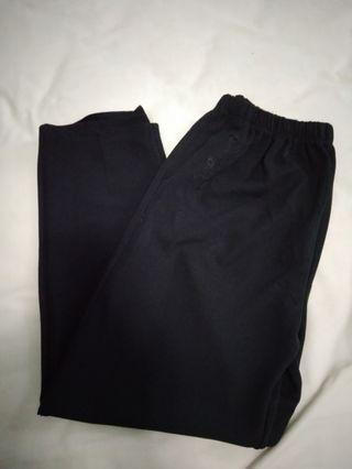 #Celana Hitam