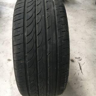 輪胎Carrera 255 40 R19