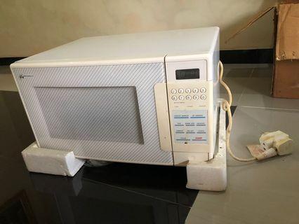 Microwave metrowealth 800W