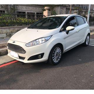 👉粉專搜尋:阿嶽嚴選中古車👈2015 Ford 白Fiesta 小C.C省稅金 但油門一樣給力