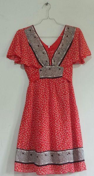 Midi dress Koleksi pribadi wanita
