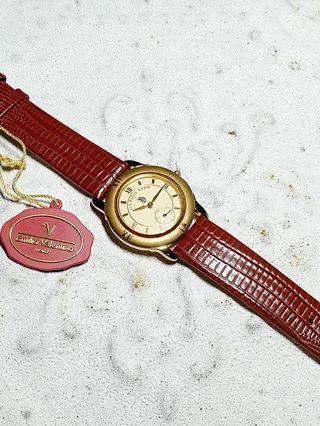 US.POLO ASSN復古石英錶,每只限量一個,把握大好良機,立馬購買擁有它,收藏配戴首選,錯過不再有。獨特風格萬眾矚目,戴在手上美感脫穎而出,難得一見美感藝術品,值得收藏。