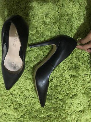 Aldo shoes black /stiletto / high heels