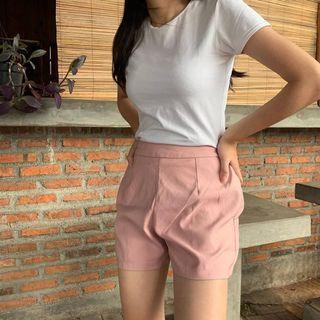 Short pink / celana pendek bahan pink
