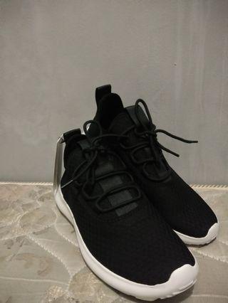 Sepatu H.M / Sepatu H&M / Sepatu / Sepatu Wanita / H.M Original / Sepatu Sneakers