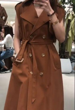 Trench dress brown
