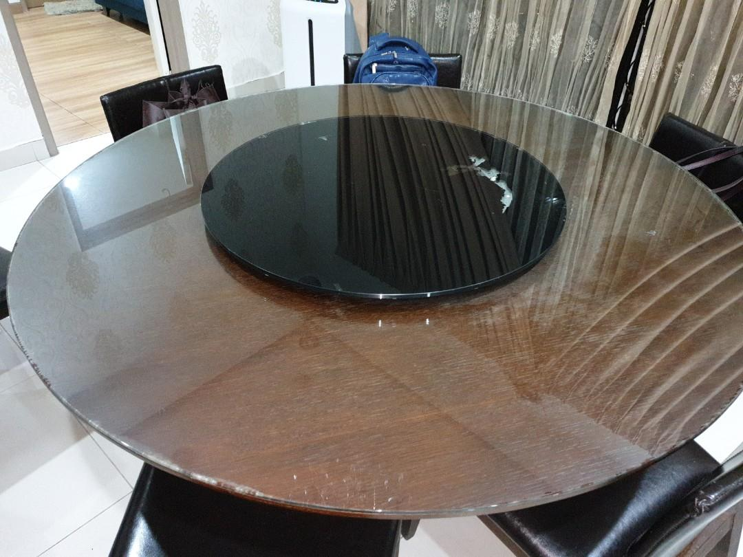 6 seater solid wood round dining table