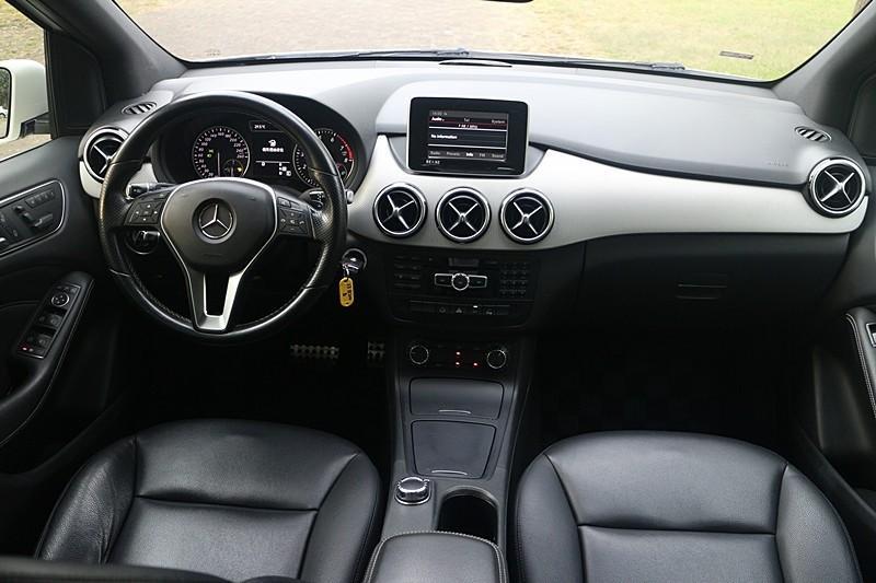 售 2013年二BENZ B200 總代理 全額可貸 零頭款交車