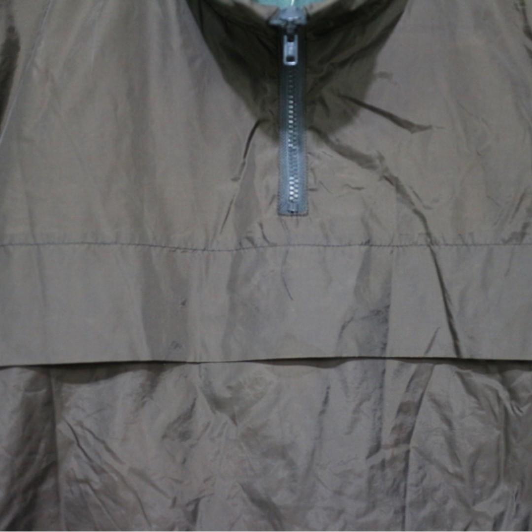 「深咖啡色 高領 運動服 衝鋒衣 風衣 古著 上衣 肩:48cm 長:64cm @舊到過去」