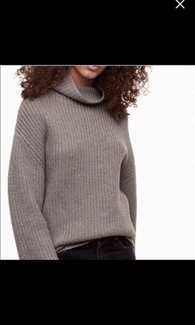 Aritzia Montpellier turtleneck sweater