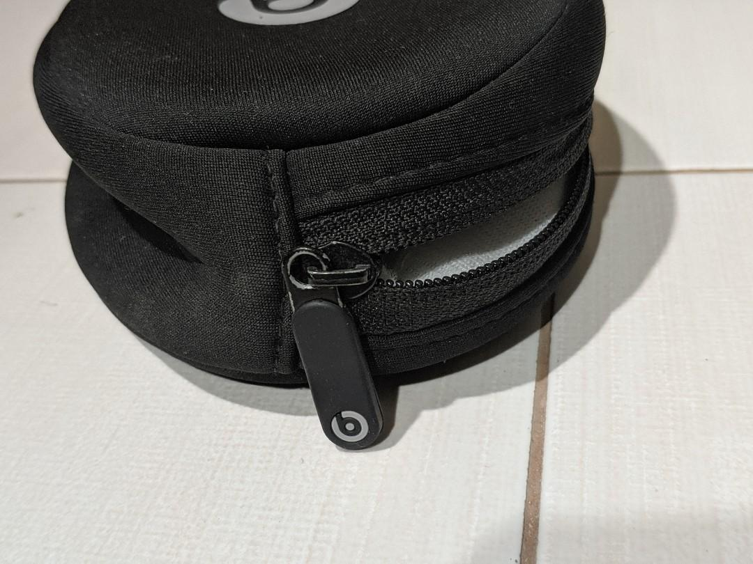 BEATS BY DRE BLACK ZIPPERED FOR HEADPHONES TRAVEL BAG