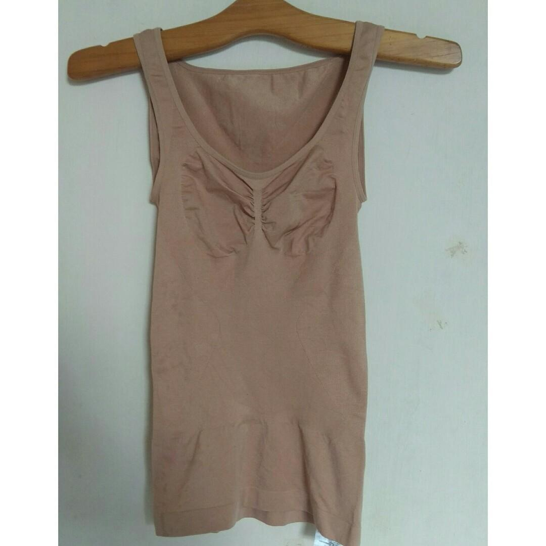 #Diskonokt Brown Top /singlet uniqlo/underwear uniqlo original/tanktop uniqlo/baju senam uniqlo