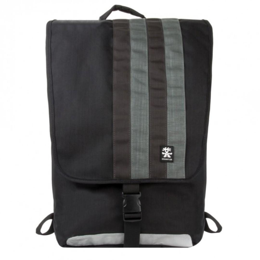 Canal Reino Existe  Crumpler Dinky Di Stripy Backpack L ( 10% Sale ), Sports, Sports & Games  Equipment on Carousell