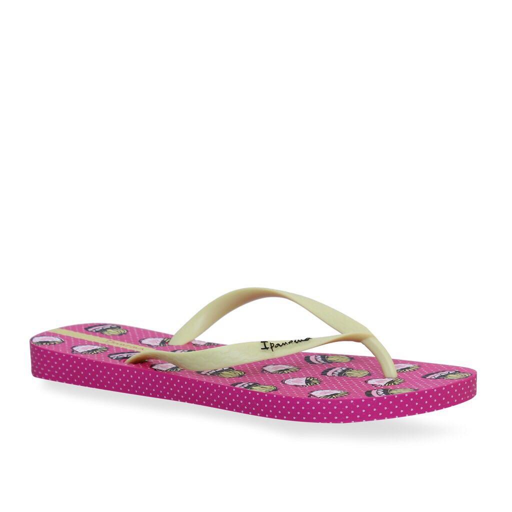 IPANEMA Lovely II Cactus Love Slippers Flip Flops Sandals (Pink Yellow)