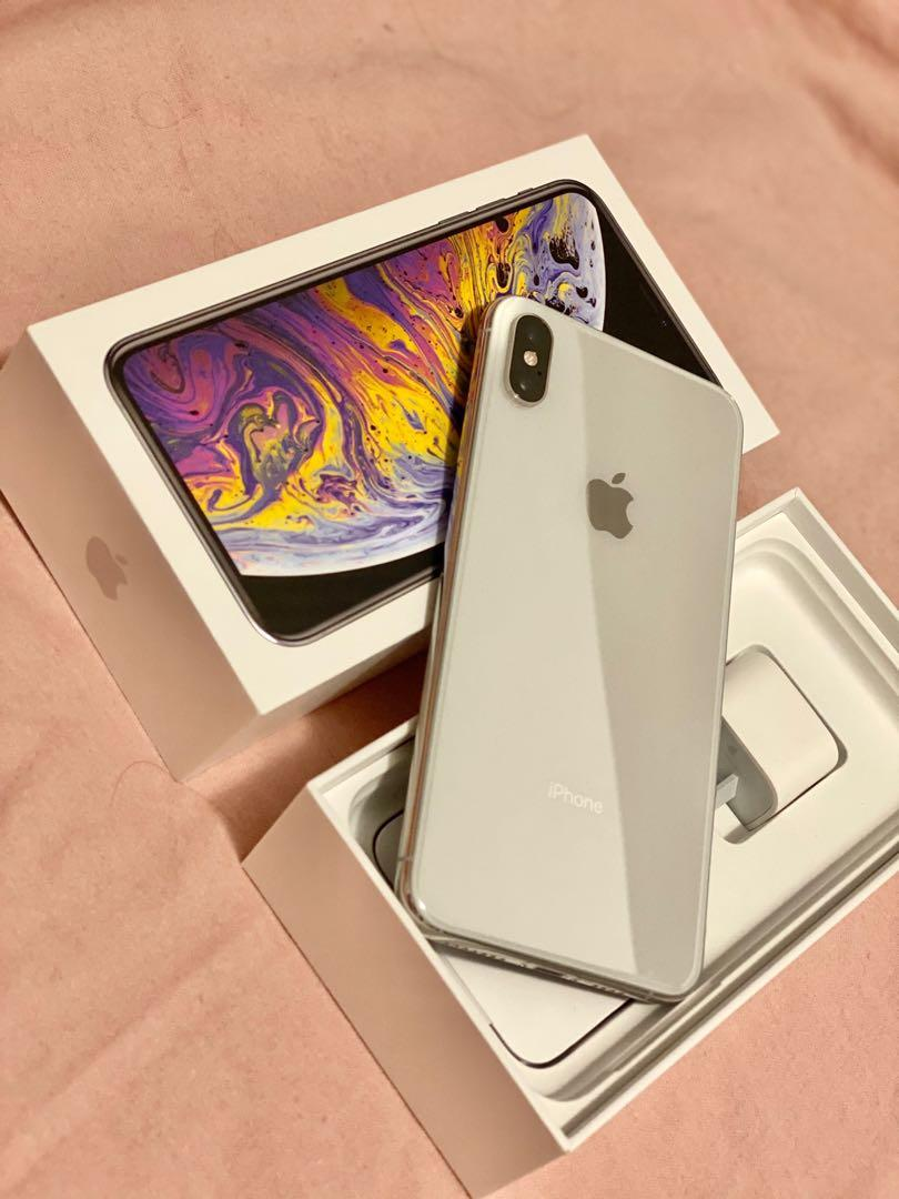 iPhone XS Max 256gb Silver and iPhone X 256gb Silver