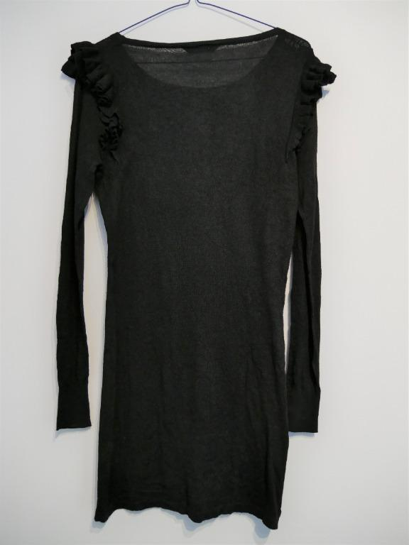 Black Thin Woolen Dress with Ruched Shoulder Size 6