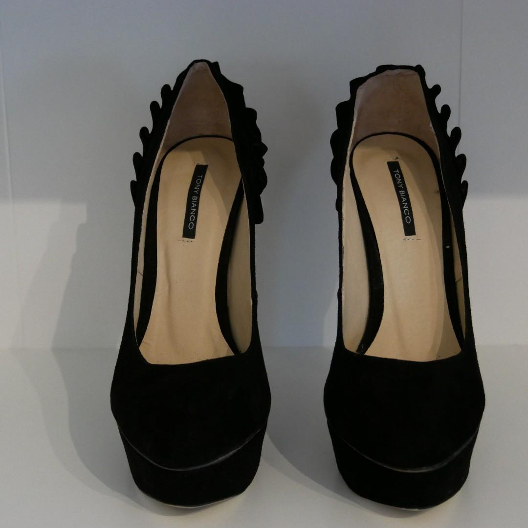 New Tony Bianco Black Suede Stiletto with Ruched Detail Size 7.5