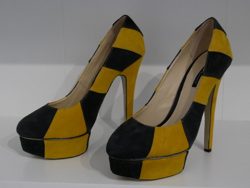 New Tony Bianco Suede Wedge Pumps Mustard/Black Sizes 7.5