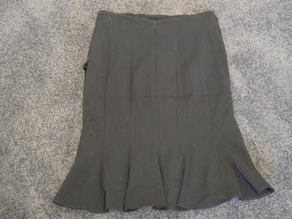 Review Black Skirt with Side Bow and Bottom Ruching Size 6