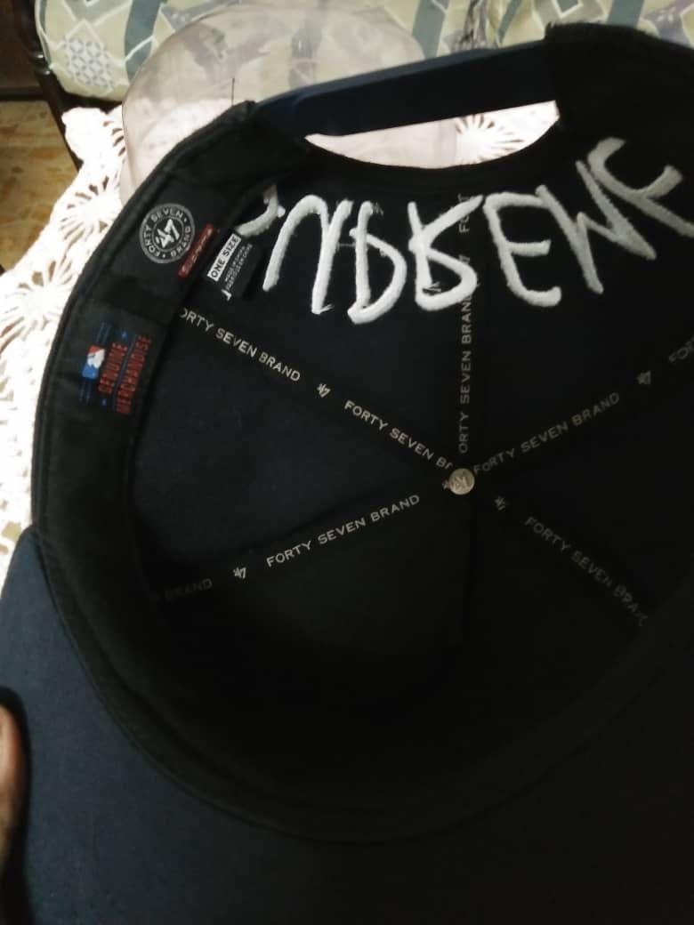 Supreme ny cap snapback