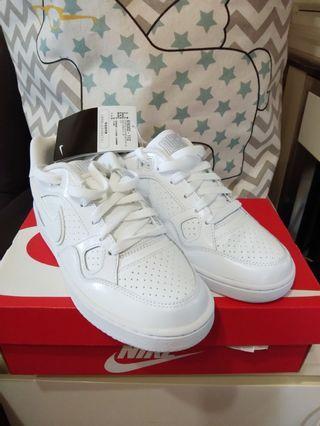 全新Nike Force