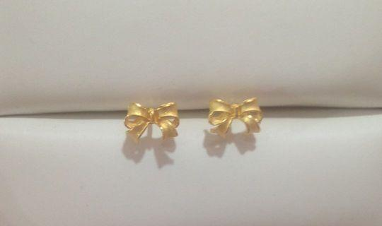 For sale黃金純金9999蝴蝶結耳環 時尚可愛造型 pure gold earrings butterfly
