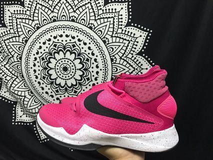 Nike hyperrev  ambassador乳癌 us10 不議價 no negotiation