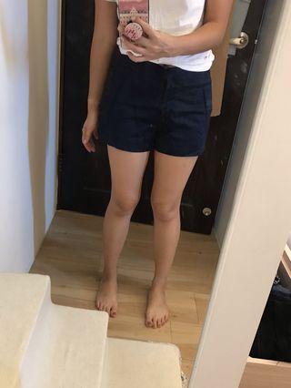 PULL&BEAR 深藍西裝短褲