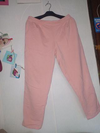 Celana panjang wanita details