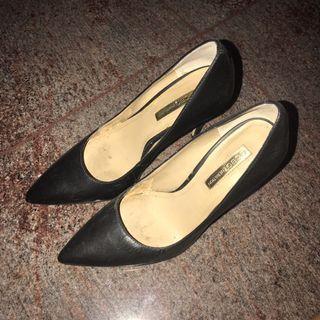 Jual cepat heels hitam