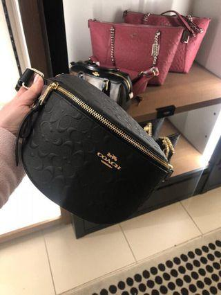 Coach Signature Leather Belt Bag in Black(po)